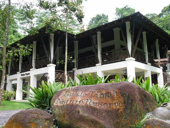 bukit timah là một trong những điểm đến ở singapore cho hội độc thân