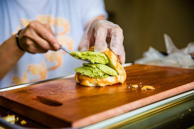 bánh mì kem là một trong 10 món ăn ngon ở đài loan