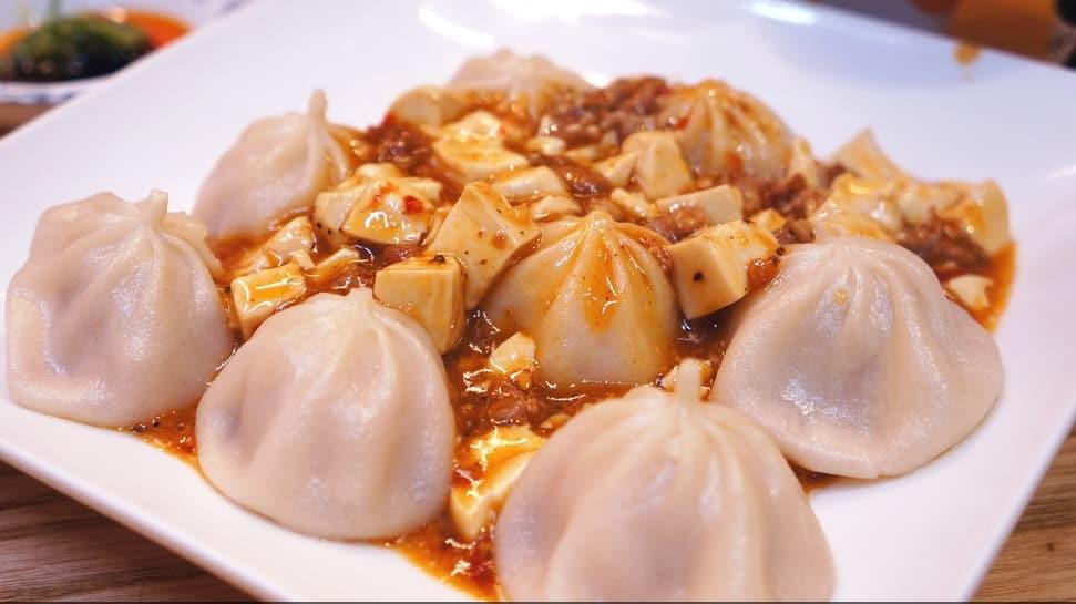 tiểu long bao kết hợp đậu phụ là một trong 10 món ăn ngon ở đài loan