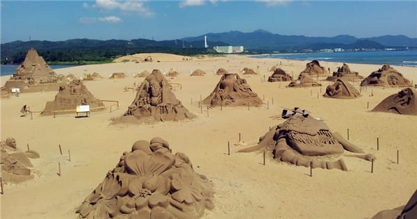 tham gia lễ hội điêu khắc cát fulong trong chuyến du lịch tự túc đài loan