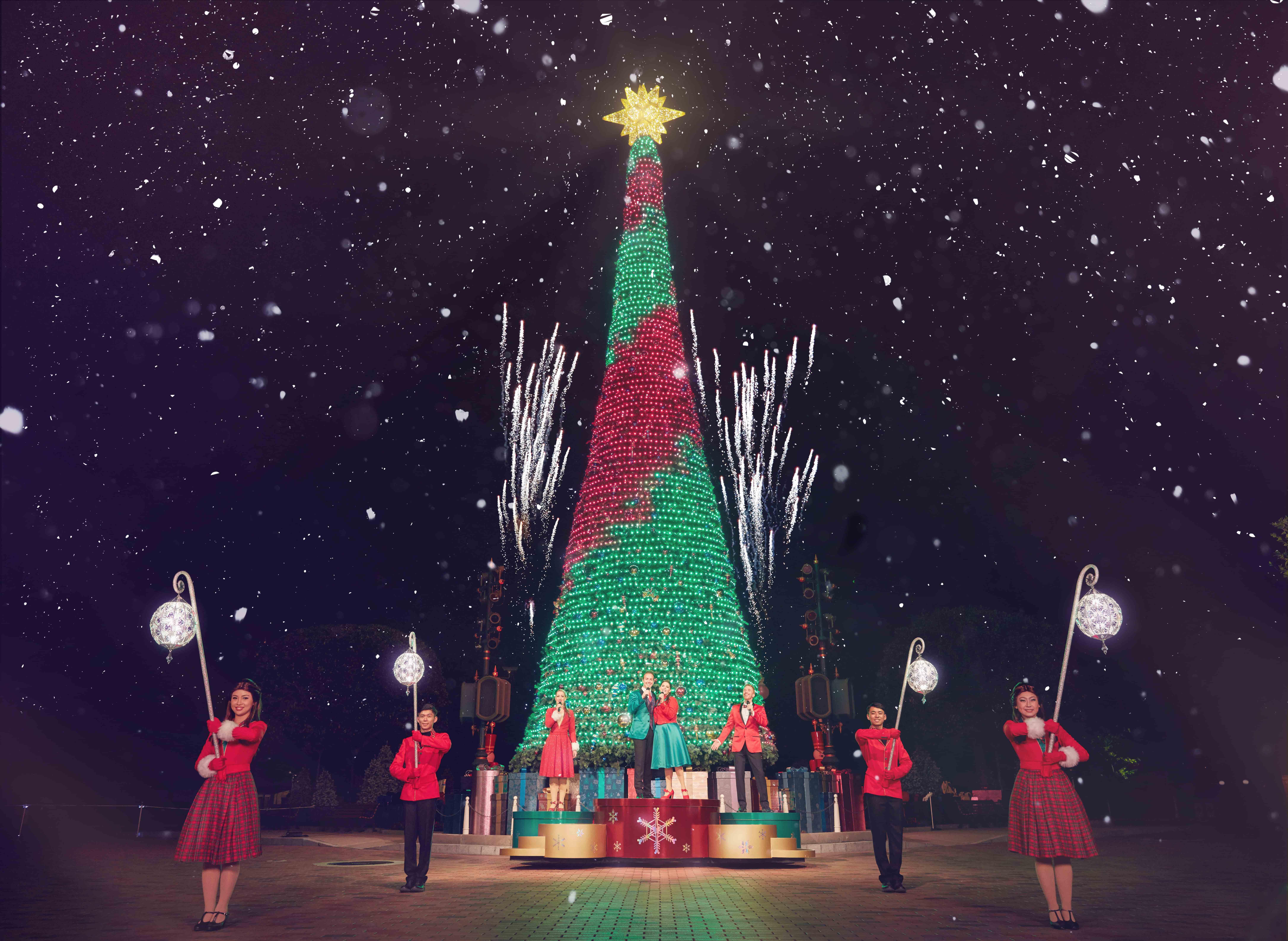 giáng sinh tại hong kong disneyland: lễ hội cây thông ánh sáng