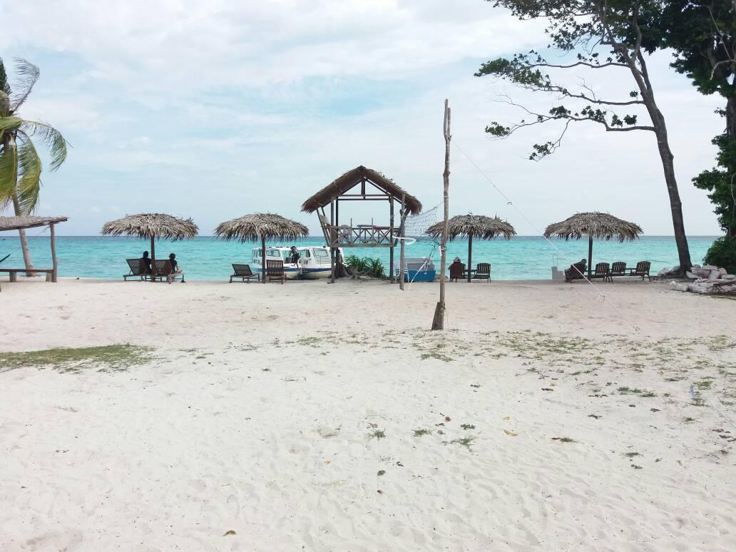 du lịch kota kinabalu - biển mantanani nhìn từ bờ