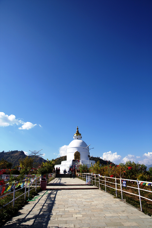 du lịch nepal: shanti stupa