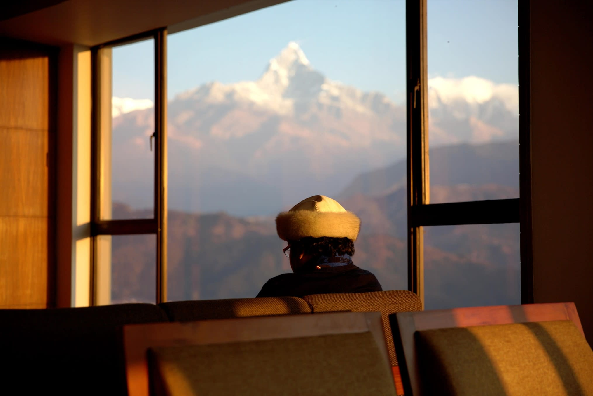 du lịch nepal: cảnh từ himalayan front hotel