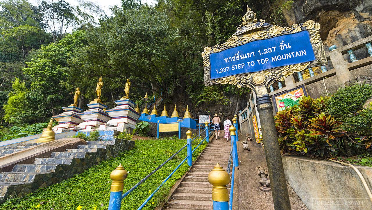chinh phục cầu thang lên chùa hang cọp là một kinh nghiệm đi krabi đáng thử