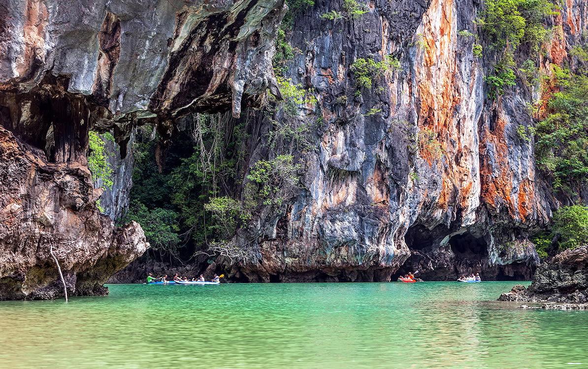 chèo thuyền kayak là một trong những kinh nghiệm đi krabi