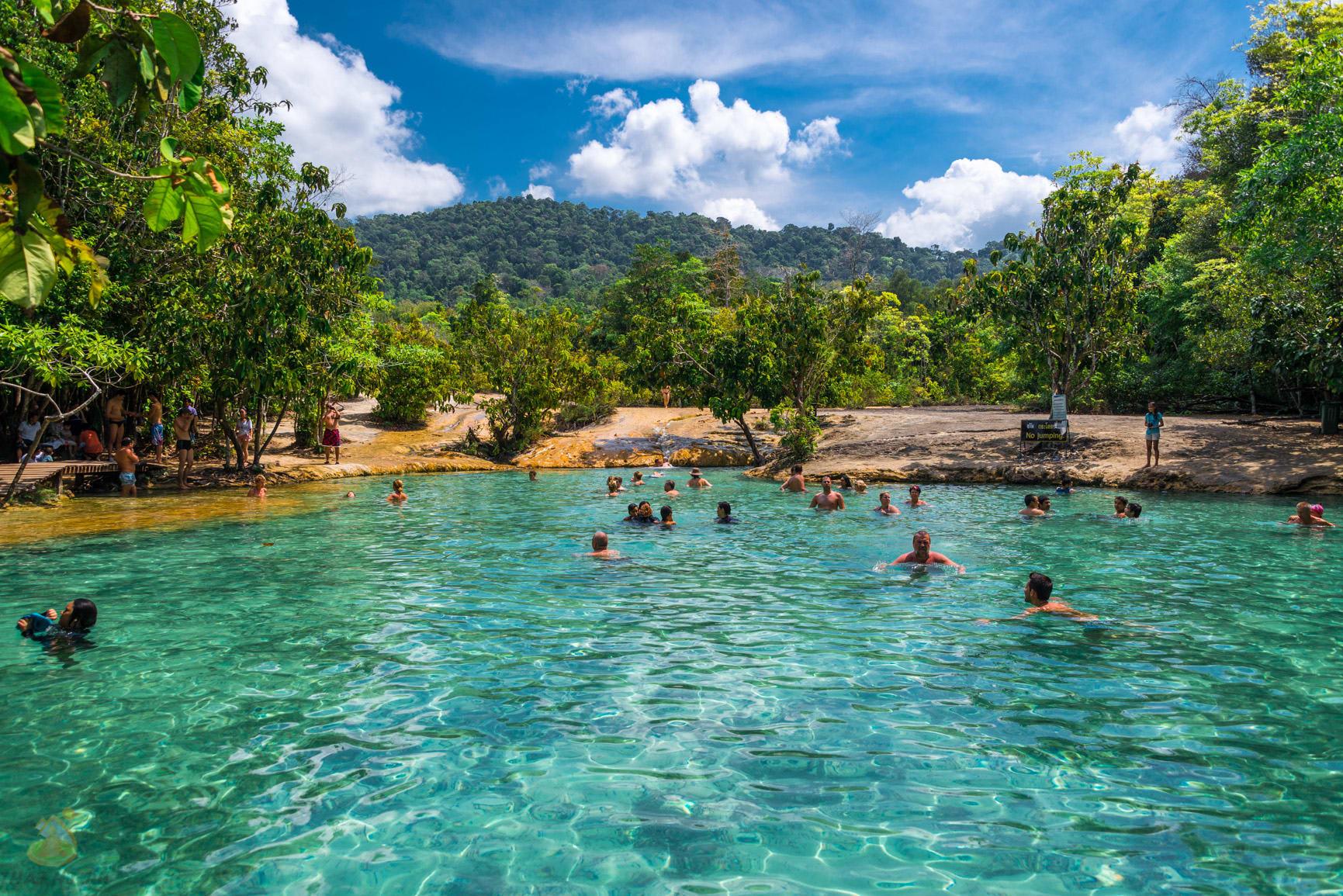 lặn tại hồ ngọc bích emerald là một trong những kinh nghiệm đi krabi