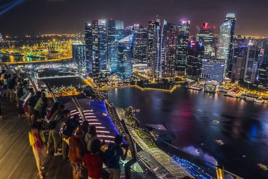 ngắm cảnh tại skypark trong chuyến du lịch singapore 3 ngày 2 đêm