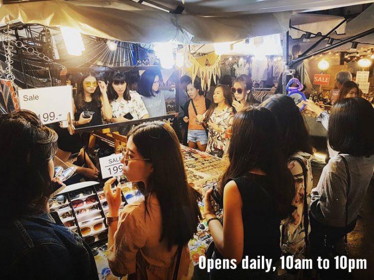 mua sắm tại siam square one trong lịch trình du lịch thái lan dịp tết