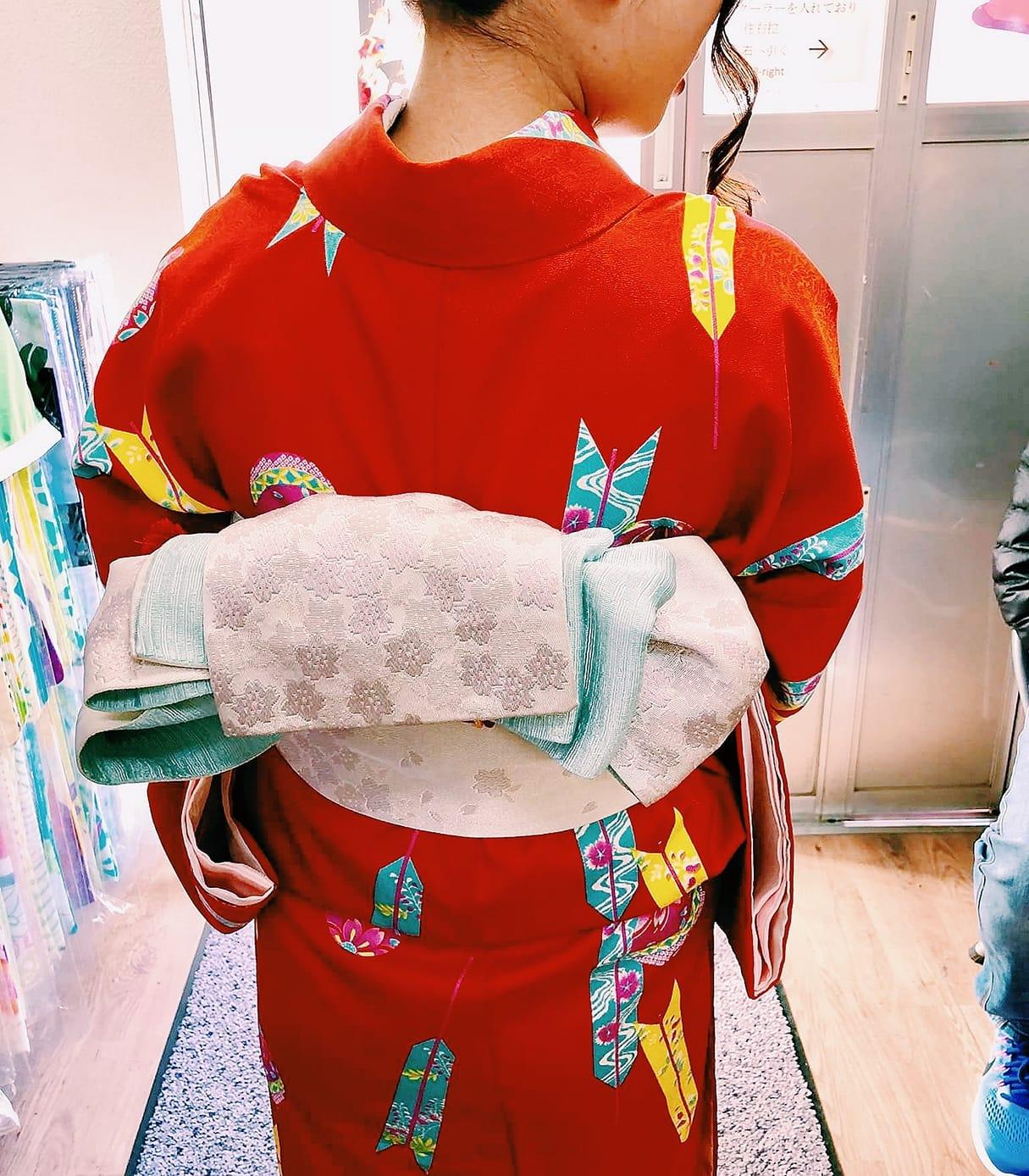mặc kimono ở nhật bản: đeo obi
