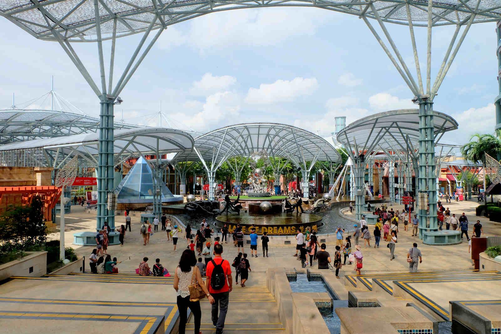 một mình ở singapore - đảo sentosa