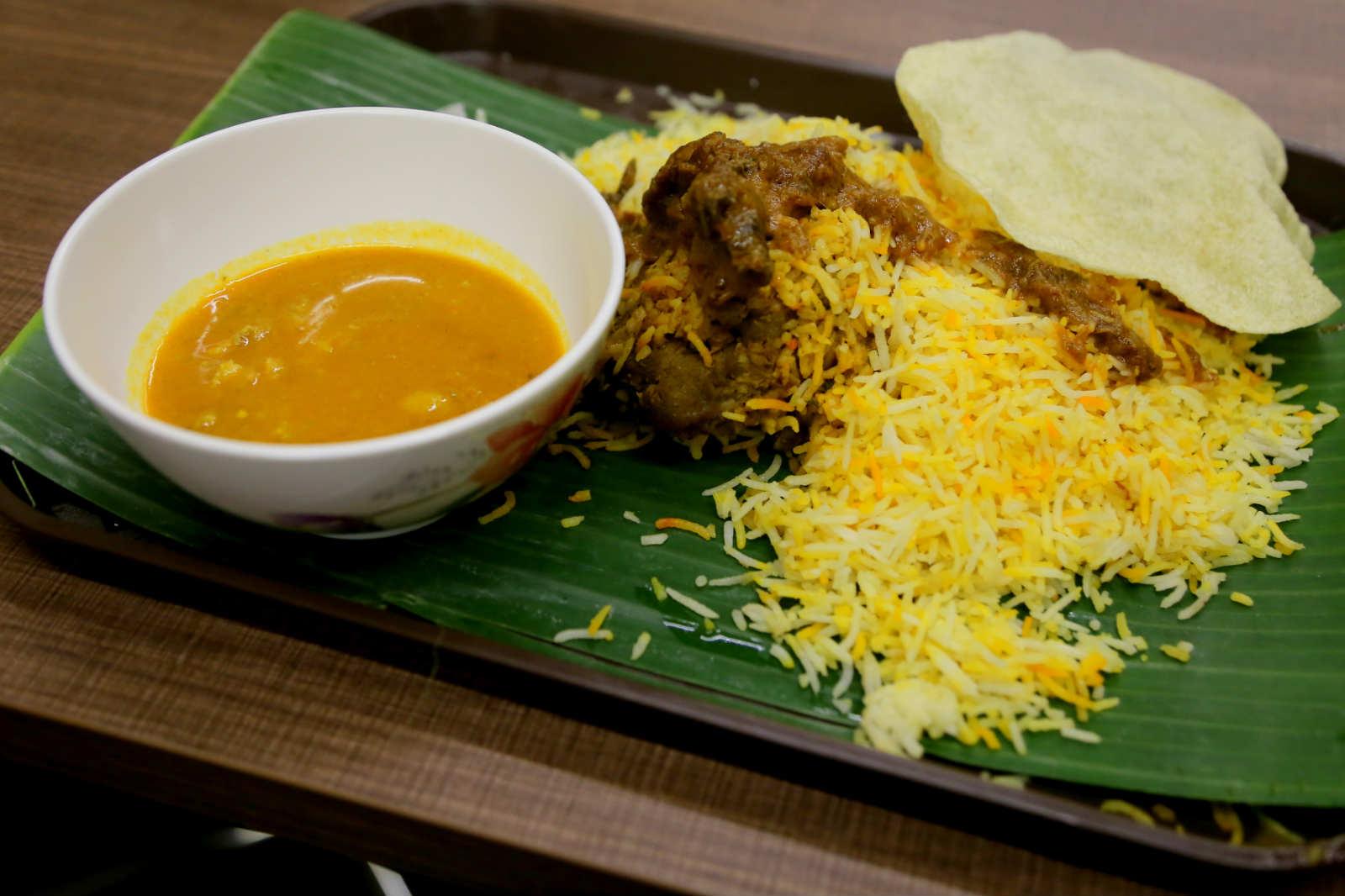một mình ở singapore - cơm biryani