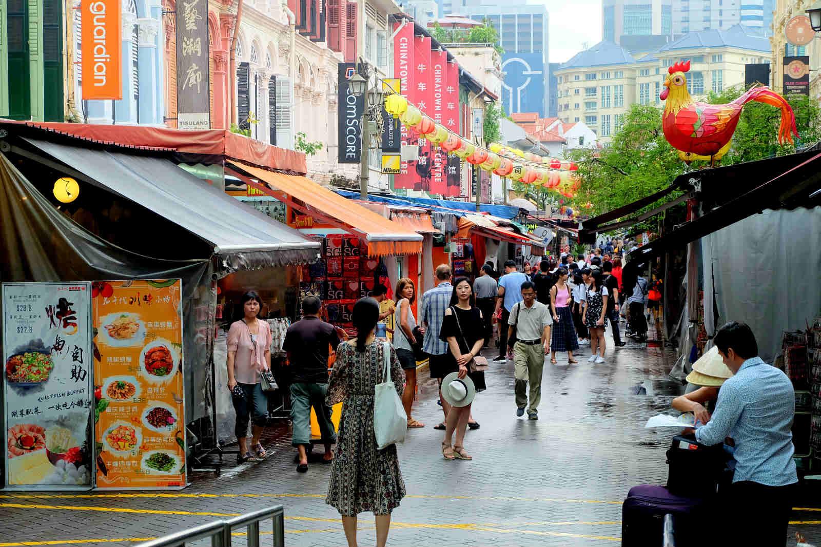 một mình ở singapore - china town