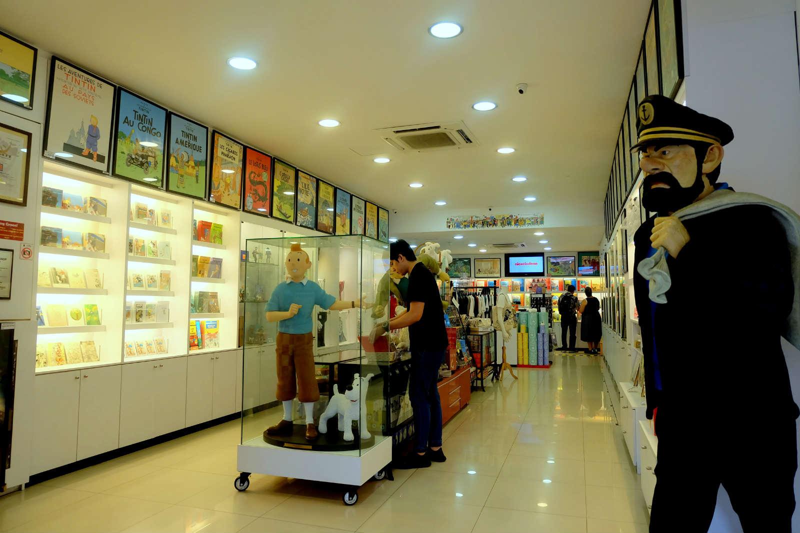 một mình ở singapore - bảo tàng tintin