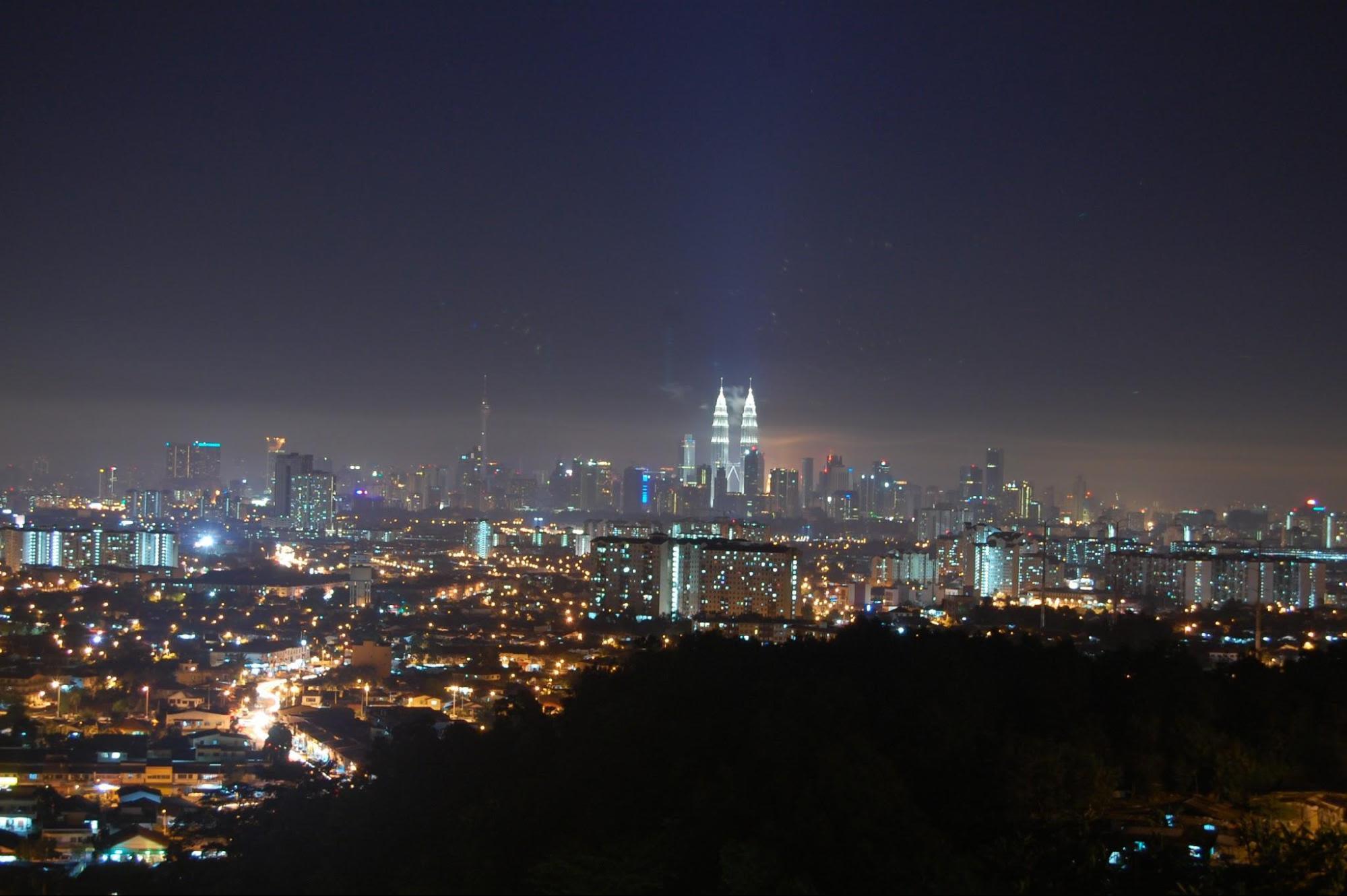 Bukit Ampang là một địa điểm hẹn hò trên cao ở kuala lumpur