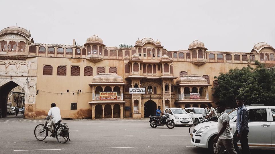 du lịch ấn độ một mình - jaigarh fort