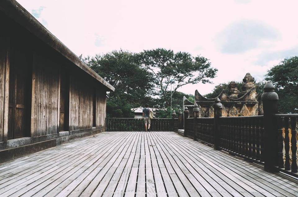 du lịch bagan - nhà gỗ dọc đường old bagan