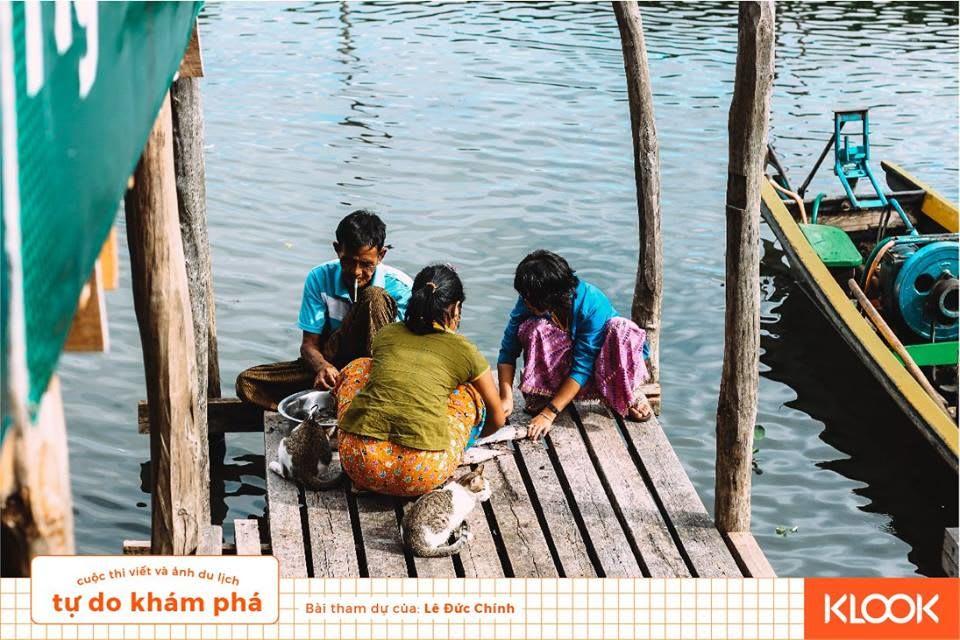 gia đình người bản địa trong chuyến du lịch Inle