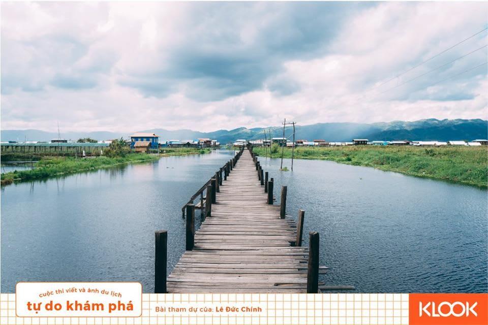 cảnh yên bình ở làng mein thauk trong chuyến du lịch inle
