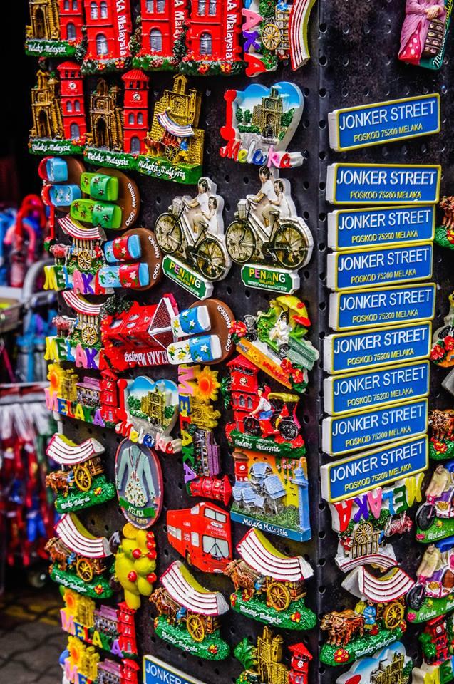du lịch malacca - đồ lưu niệm ở quảng trường