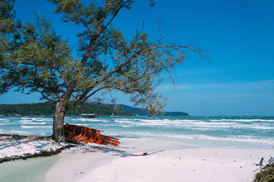 tắm biển tại bãi saracen bay là kinh nghiệm đi koh rong samloem