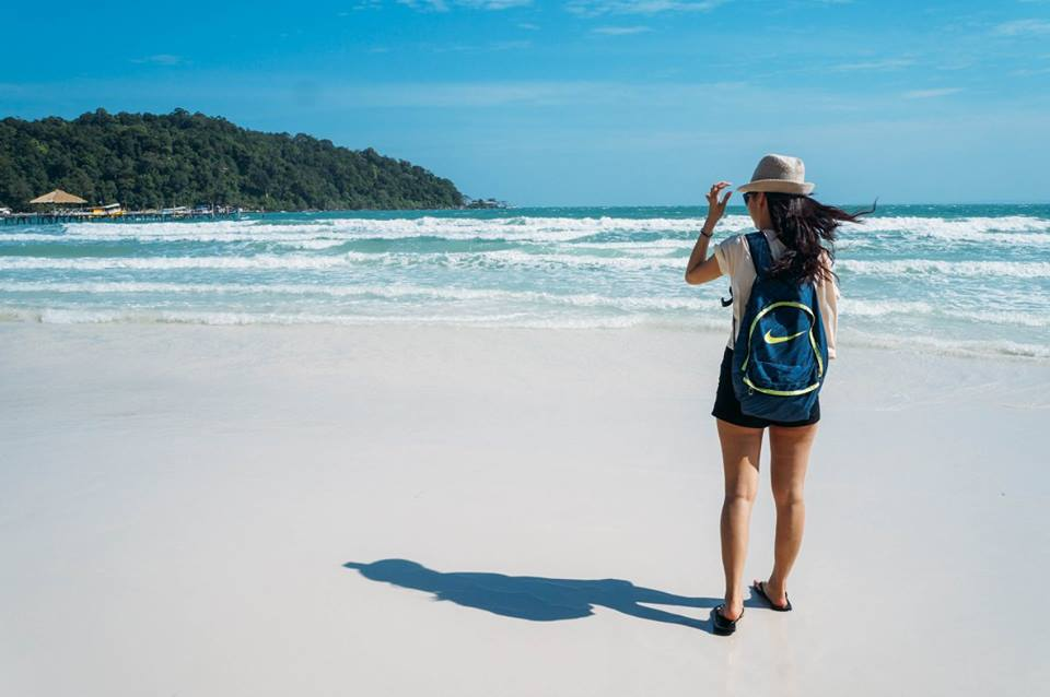 check in tại bãi biển saracen bay là kinh nghiệm đi koh rong samloem