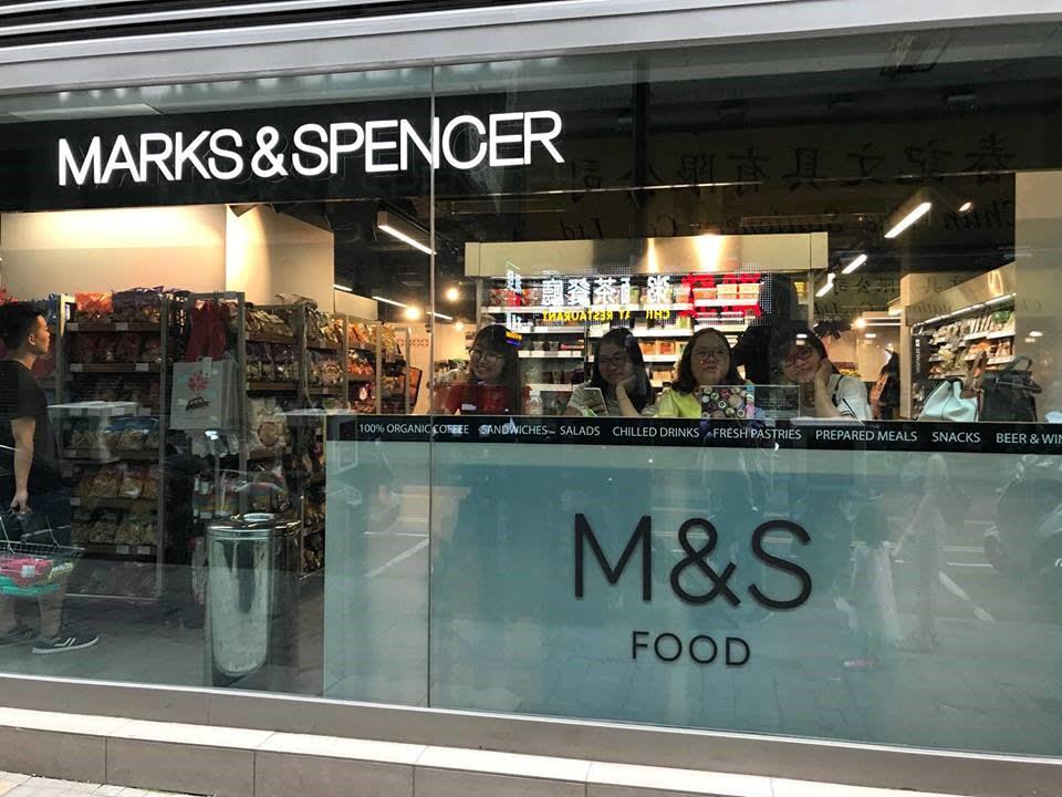 lịch trình du lịch hong kong: ăn sáng tại M&S