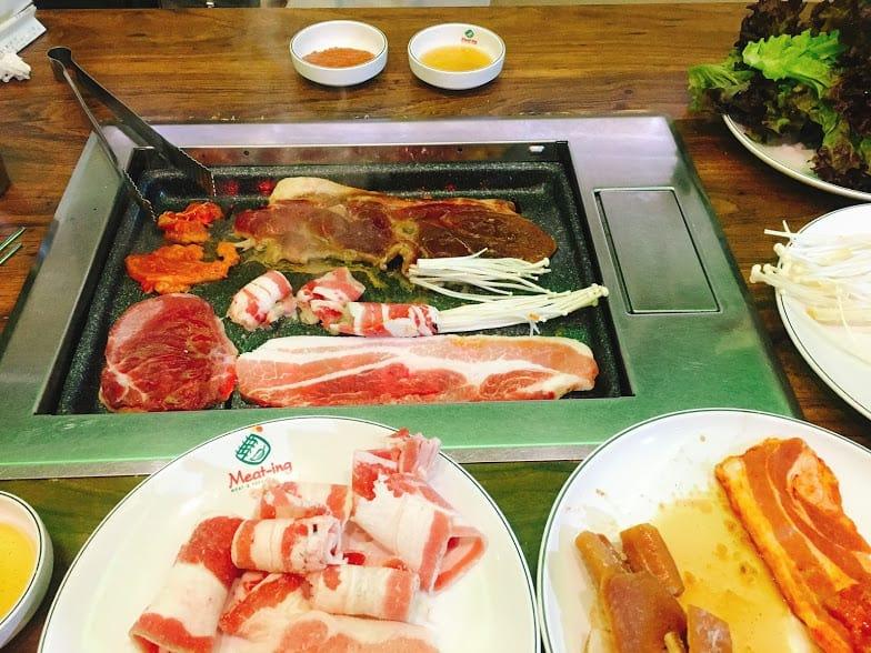 thưởng thức ẩm thực seoul tại thịt nướng hongdae