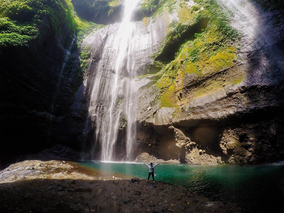 thác madakaripura là một nơi gần núi lửa bromo nên đến