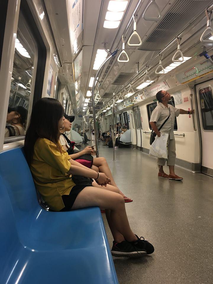 trải nghiệm singapore 4 ngày 3 đêm: MRT