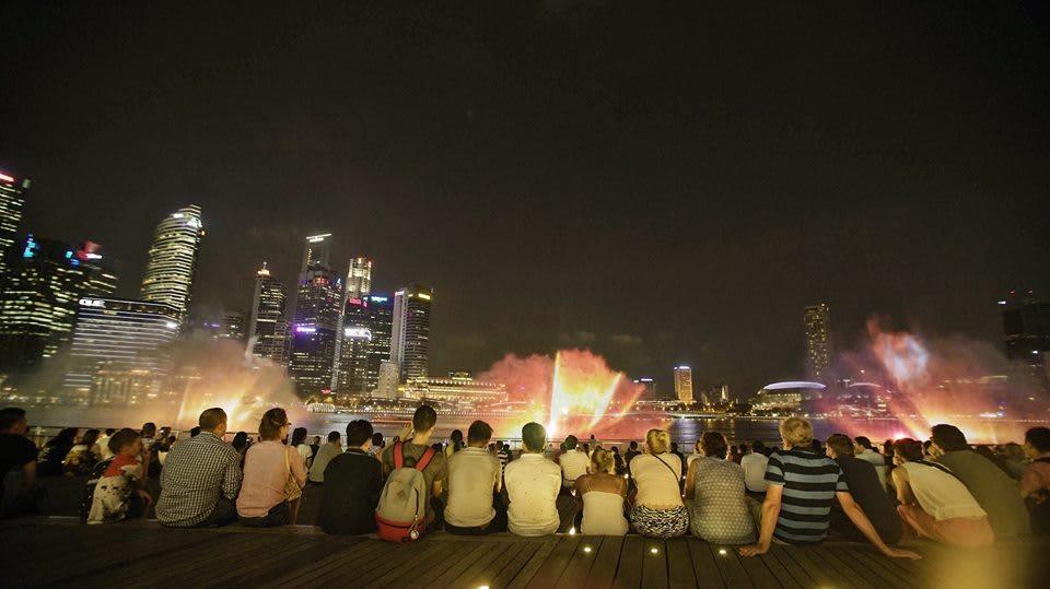 trải nghiệm singapore 4 ngày 3 đêm: thưởng thức nhạc nước