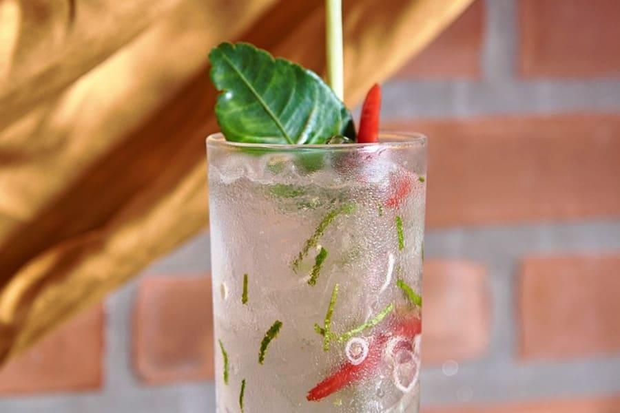 siam sunrays là một loại cocktail nổi tiếng của thái lan