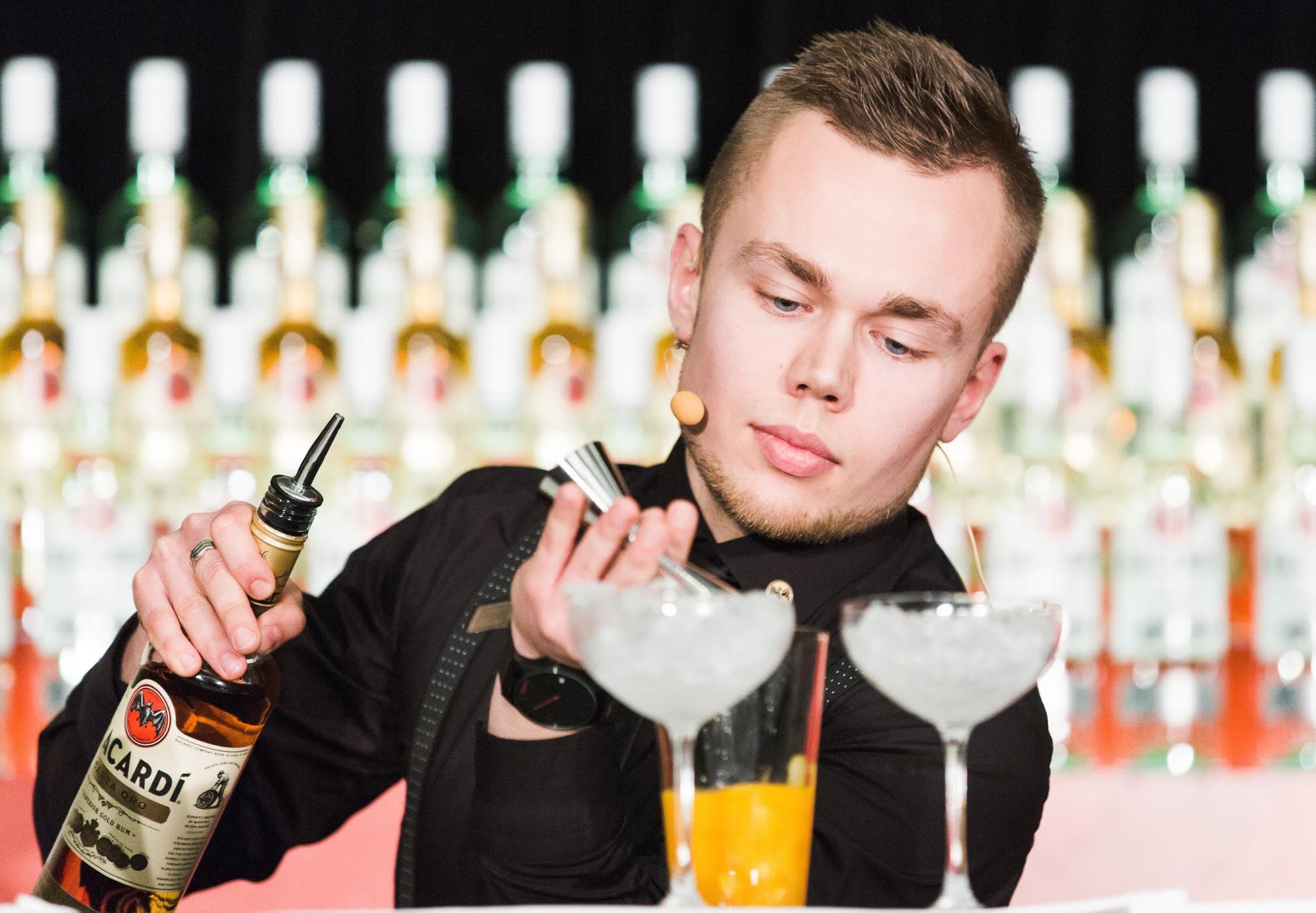 cocktail bốn mùa là một loại cocktail nổi tiếng của Estonia