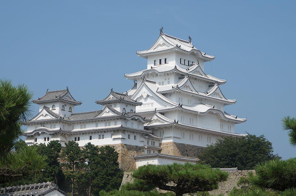 lâu đài himeji là một địa điểm phải đến trong lịch trình du lịch osaka bằng JR pass