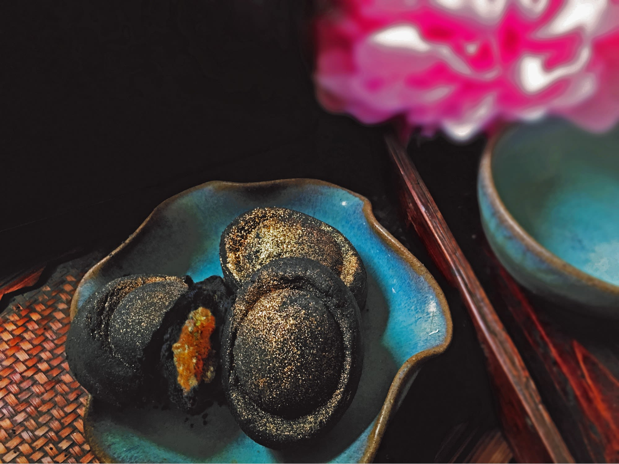 bánh mứt thơm là một trong những món ăn vặt khoái ở singapore