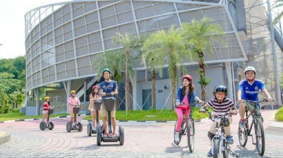 xe đạp bi-pedal là một trò chơi ở sentosa