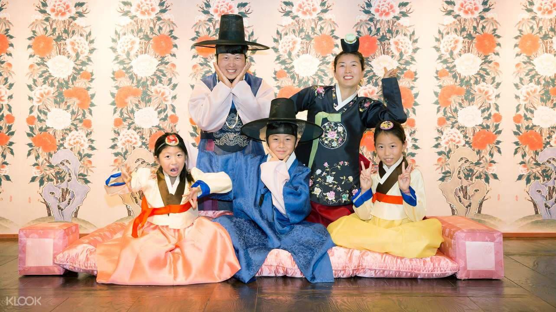 trung tâm văn hóa hanbok ở tháp N Seoul