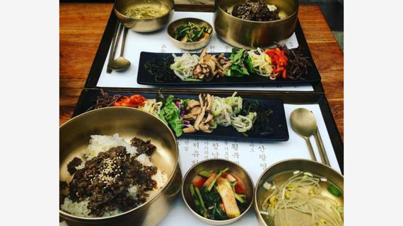 ăn món hàn gần tháp N Seoul