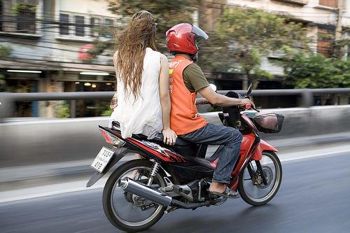 xe ôm là một loại phương tiện công cộng ở thái lan