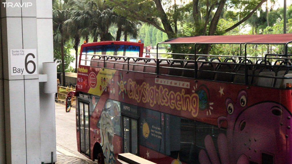 đi city sightseeing trong lịch trình đi singapore dịp 30/4 cho nhóm bạn thân