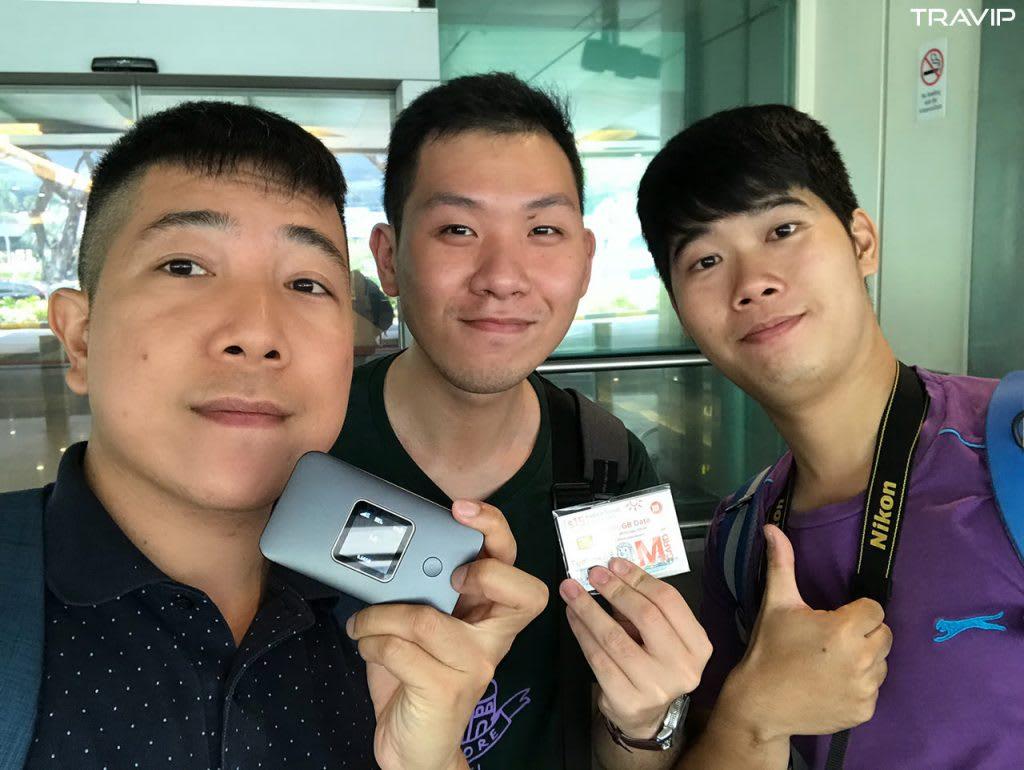 sim singapore trong lịch trình đi singapore dịp 30/4 cho nhóm bạn thân