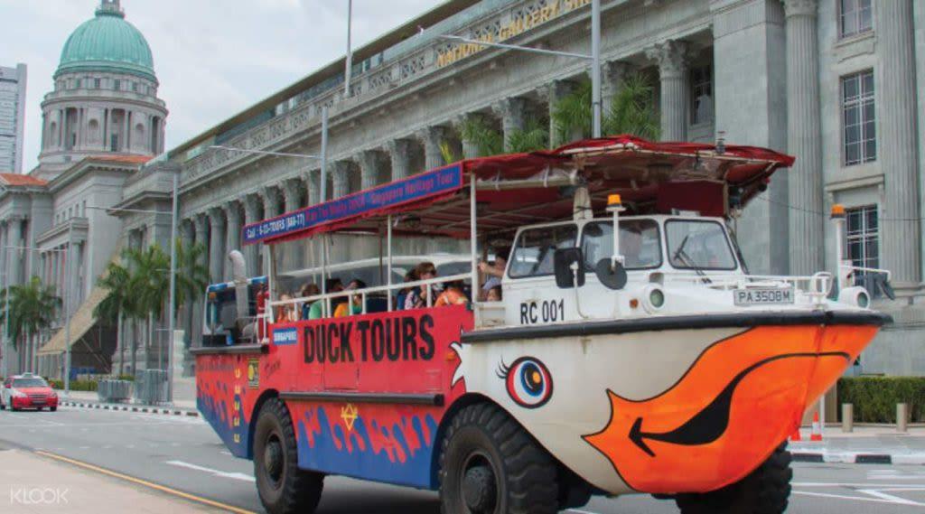 trải nghiệm duck tour trong lịch trình đi singapore dịp 30/4 cho gia đình