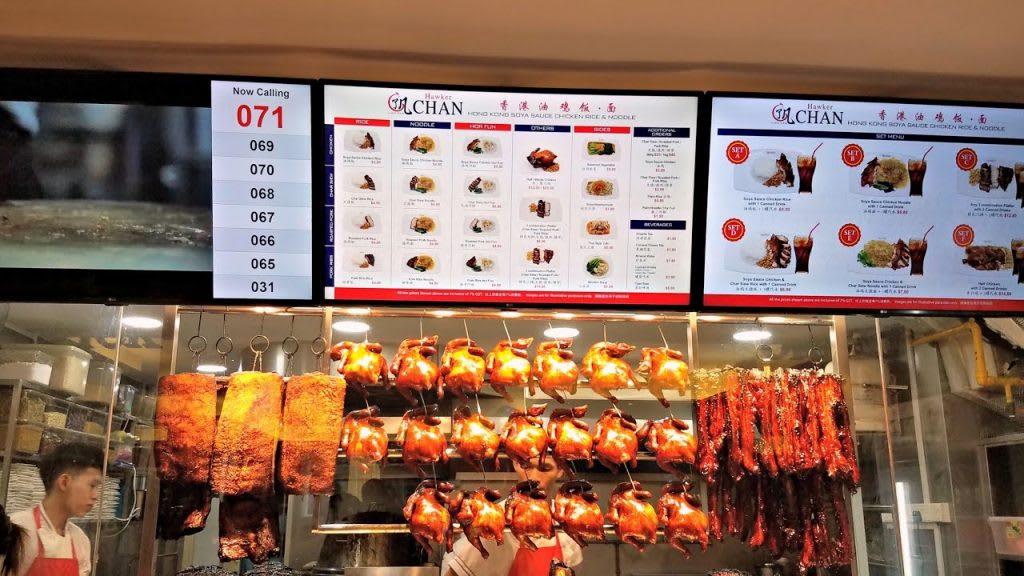 thưởng thức đồ ăn tại nhà hàng liao fan trong lịch trình đi singapore dịp 30/4 cho nhóm bạn