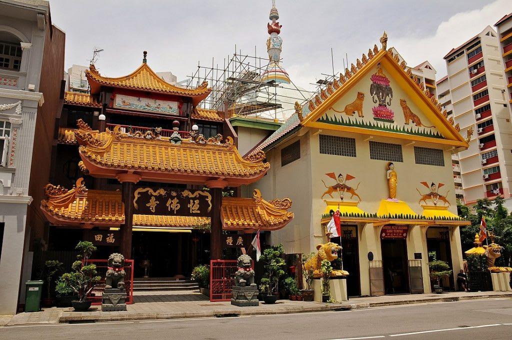 tham quan chùa sakya muni trong lịch trình đi singapore dịp 30/4 cho nhóm bạn
