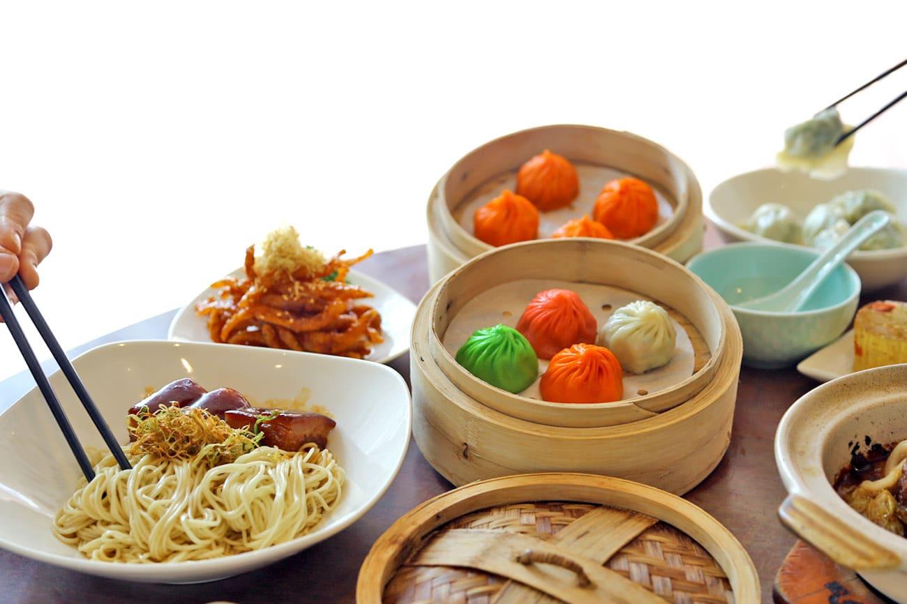 thưởng thức ẩm thực trung hoa trong lịch trình đi singapore cho nhóm bạn
