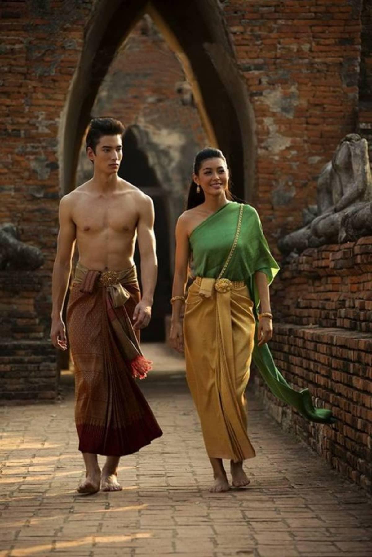 mặc trang phục truyền thống thái lan như phim love destiny