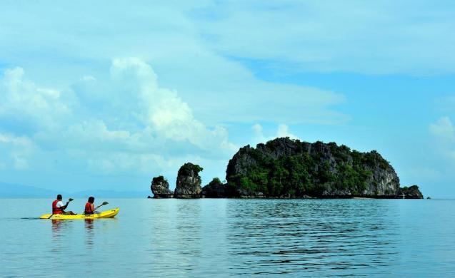 Tanjung Rhu là một bãi biển đông nam á nên đến một lần trong đời