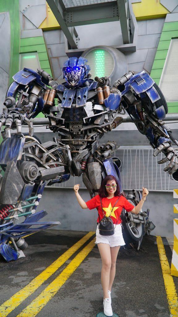 Lịch trình du lịch tự túc Singapore 4 ngày cho gia đình: transformers