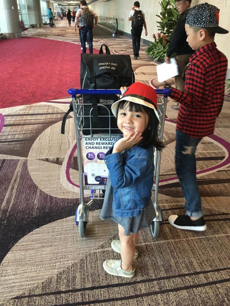 Lịch trình du lịch tự túc Singapore 4 ngày cho gia đình: sân bay changi singapore