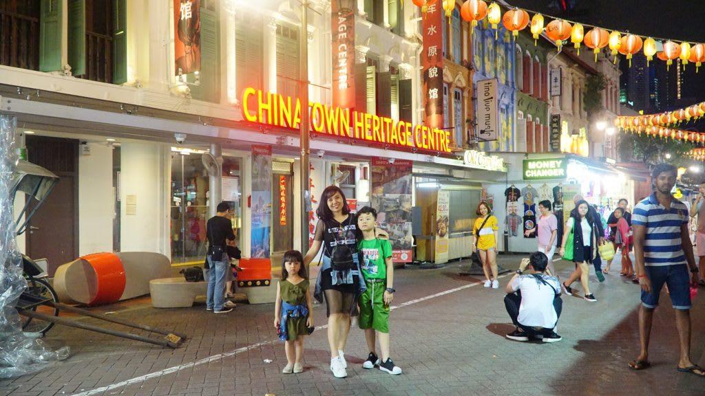 Lịch trình du lịch tự túc Singapore 4 ngày cho gia đình: china town